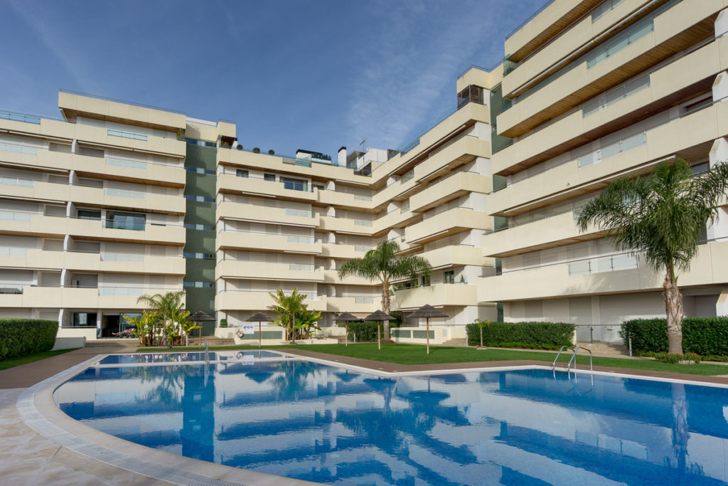 vilamoura apartment rental aquamar building